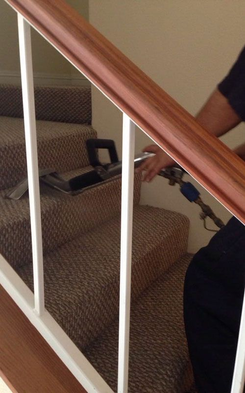 deep carpet cleaning - stairs
